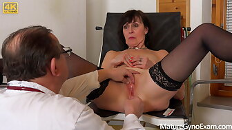 Superannuated pussy checkout be useful to hot granny Lotty Chap-fallen